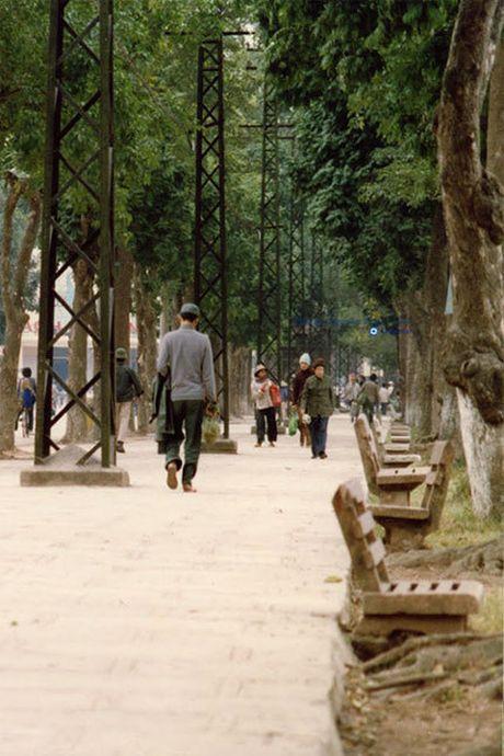 Chum anh hiem: Ha Noi ngheo kho nhung than thuong nhung nam 1990 - Anh 2