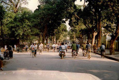 Chum anh hiem: Ha Noi ngheo kho nhung than thuong nhung nam 1990 - Anh 5
