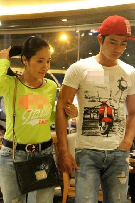 'Ba moi' Cat Tuong to chuc tiec sinh nhat lang man cho ban trai kem 13 tuoi - Anh 5