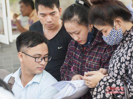 Gan 7500 lao dong do ve Vinh du thi tieng Han - Anh 6
