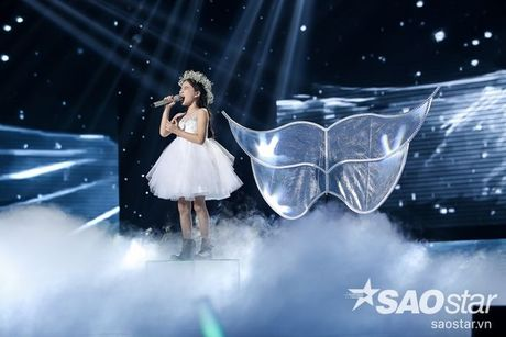 Liveshow 4: Chia tay 3 giong ca tiem nang, Top 6 The Voice Kids lo dien - Anh 11