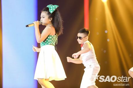 Liveshow 4: Chia tay 3 giong ca tiem nang, Top 6 The Voice Kids lo dien - Anh 15