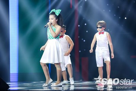 Liveshow 4: Chia tay 3 giong ca tiem nang, Top 6 The Voice Kids lo dien - Anh 16