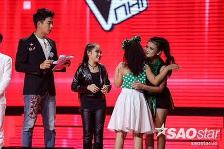 Liveshow 4: Chia tay 3 giong ca tiem nang, Top 6 The Voice Kids lo dien - Anh 22