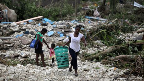 Bao Matthew khien hon 300 nguoi thiet mang tai Haiti - Anh 1