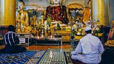 Bi an gioi phu thuy va gia kim Myanmar - Anh 2