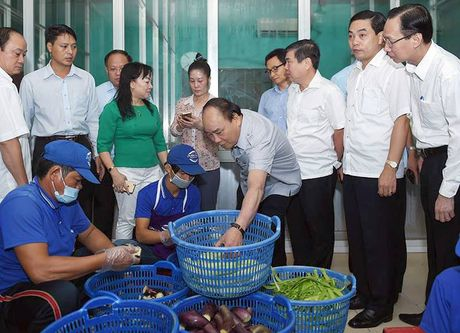 Thu tuong an pho, uong ca phe binh dan o Sai Gon - Anh 3