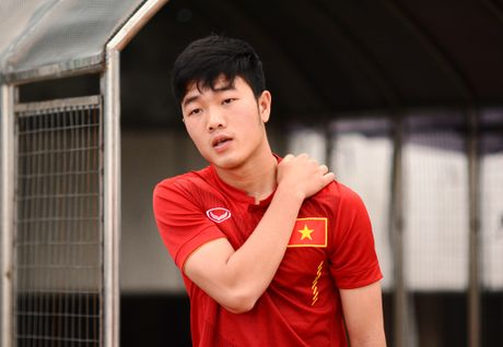 'Xuan Truong nhu mot dua tre so voi cau thu Han Quoc' - Anh 1