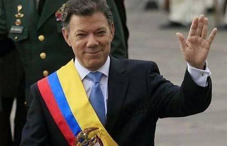 Chang duong chinh phuc giai Nobel Hoa binh cua Tong thong Colombia - Anh 2