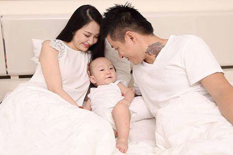 Showbiz 8/10: Phan Thi Mo duoc tang nhan 1,3 ty, nam dien vien bi vo tre bo vi ngheo - Anh 3