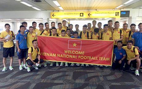 Tieu diem the thao: HLV Huu Thang 'cam' hoc tro thuc khuya o Indonesia - Anh 1