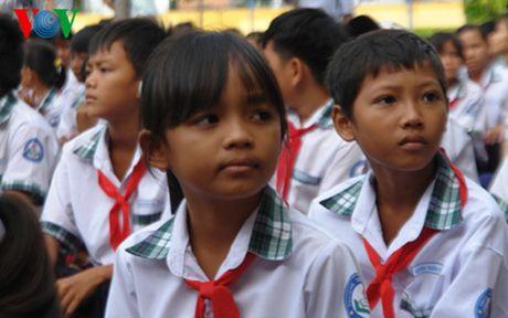 Ong Nguyen Thien Nhan: Nguoi Cham phai biet doc chu Cham - Anh 2