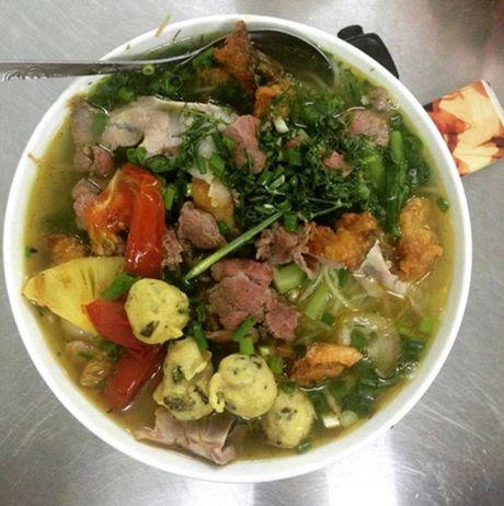 Diem danh nhung quan bun ngon nuc tieng cua Ha Noi - Anh 10