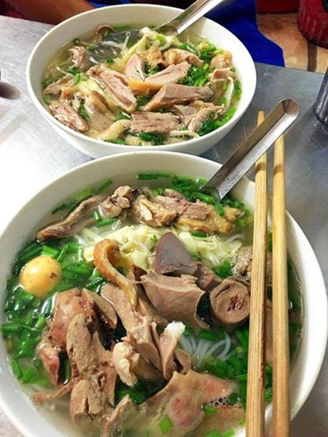 Diem danh nhung quan bun ngon nuc tieng cua Ha Noi - Anh 16