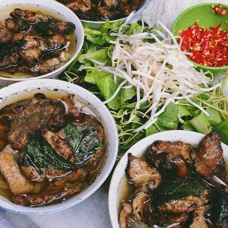 Diem danh nhung quan bun ngon nuc tieng cua Ha Noi - Anh 1