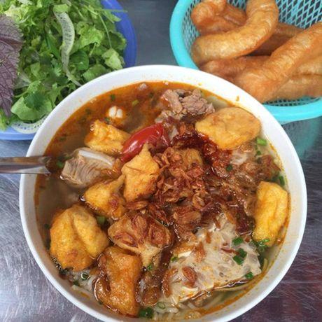 Diem danh nhung quan bun ngon nuc tieng cua Ha Noi - Anh 4