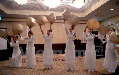 'Viet Nam tuoi dep' trong mat nhung nguoi ban Nhat Ban - Anh 2