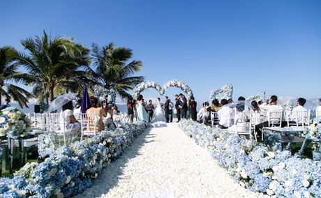 Choang ngop le cuoi xa hoa cua co gai Ninh Binh - Anh 10