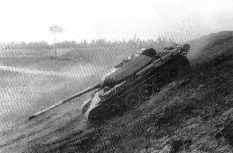 Loat anh hiem thu nghiem phien ban T-54 dau tien - Anh 6