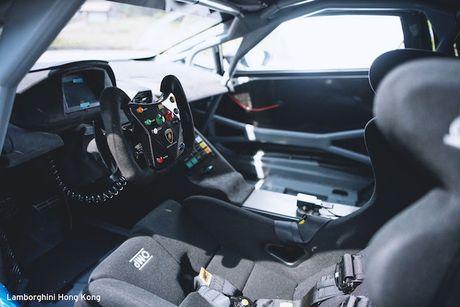 Sieu xe dua Lamborghini Huracan Super Trofeo 'hang khung' - Anh 5