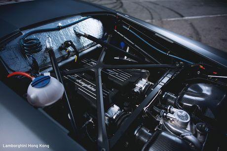 Sieu xe dua Lamborghini Huracan Super Trofeo 'hang khung' - Anh 7