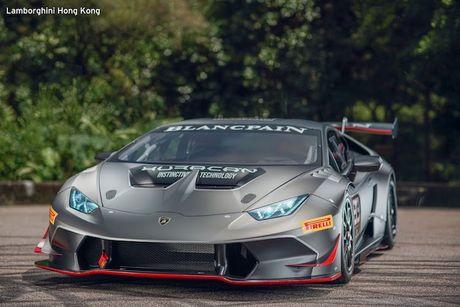 Sieu xe dua Lamborghini Huracan Super Trofeo 'hang khung' - Anh 8