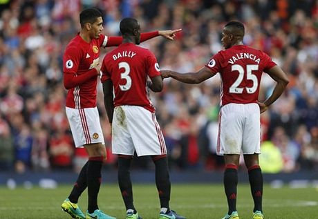 Mourinho bat tan binh cua M.U di hoc them tieng Anh - Anh 2