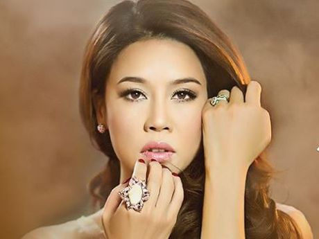 Thu Phuong lan dau tien don sinh nhat tai Bua trua vui ve (12h, VTV6) - Anh 2