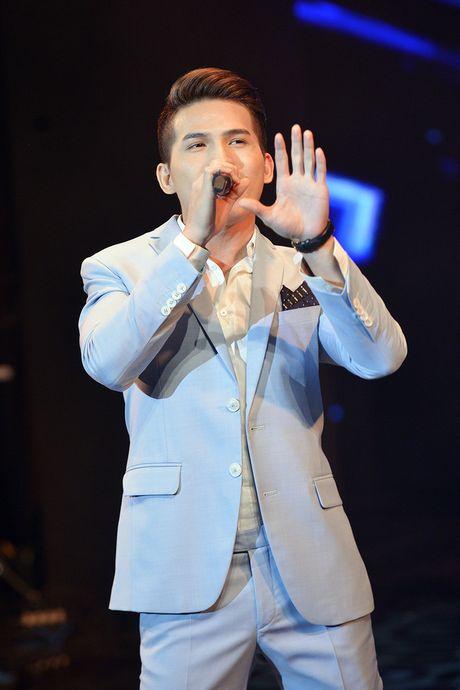Quoc Thien hat lai hit cua hoa hau Phuong Nga sang tac - Anh 6