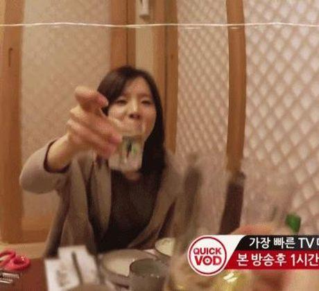 10 idol Kpop la huyen thoai 'ngan ly khong say' - Anh 2