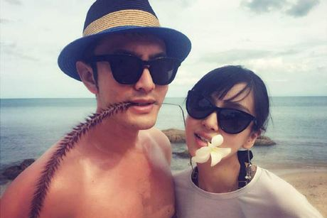 Huynh Hieu Minh xac nhan Angelababy co bau, khoe anh tinh cam - Anh 4