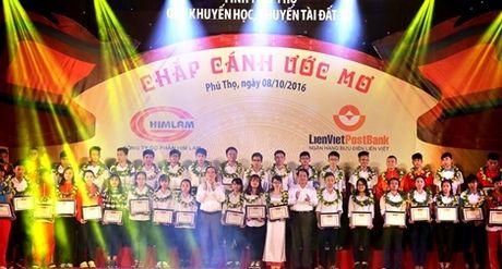 Vinh danh khuyen hoc, khuyen tai Dat To nam 2016 - Anh 1