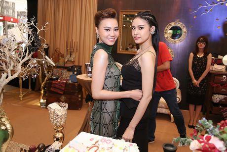Truong Quynh Anh 'do' sac cung 'Cam' Ninh Duong Lan Ngoc - Anh 2