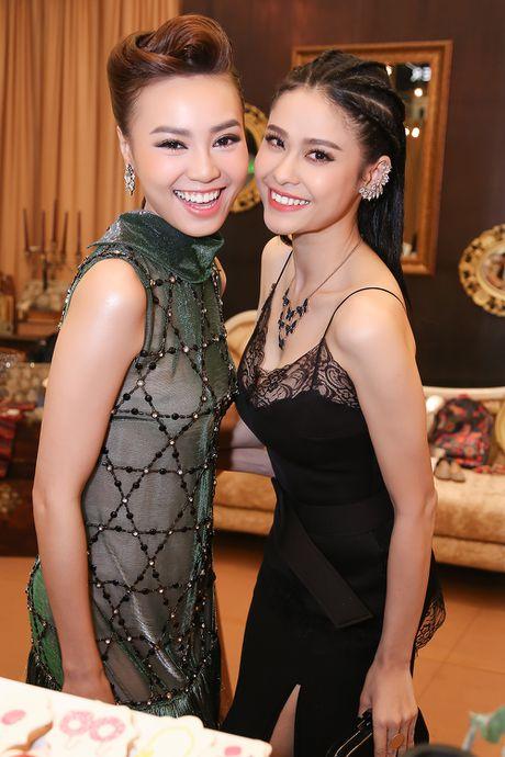 Truong Quynh Anh 'do' sac cung 'Cam' Ninh Duong Lan Ngoc - Anh 4