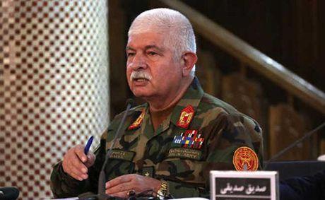 Roi may bay quan su o Afghanistan, 8 nguoi thiet mang - Anh 1