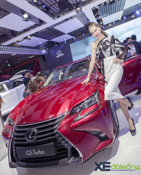 Dan nguoi mau Lexus sac ben nhat Vietnam Motor Show 2016 - Anh 10