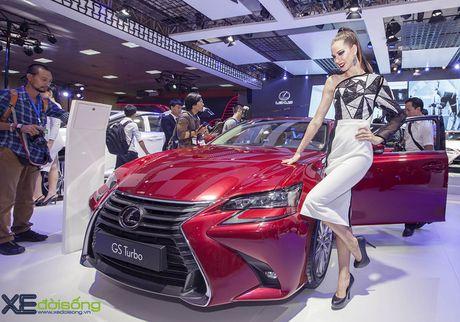 Dan nguoi mau Lexus sac ben nhat Vietnam Motor Show 2016 - Anh 4