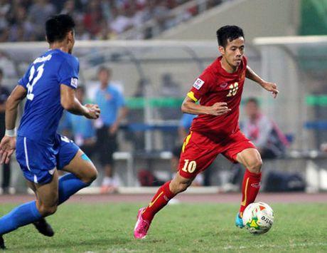 Cho dien mao moi cua DT Viet Nam o tran gap Indonesia - Anh 2