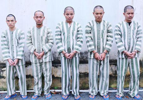 Nhan vien ngan hang lam gia ho so vay von de 'an co' - Anh 1