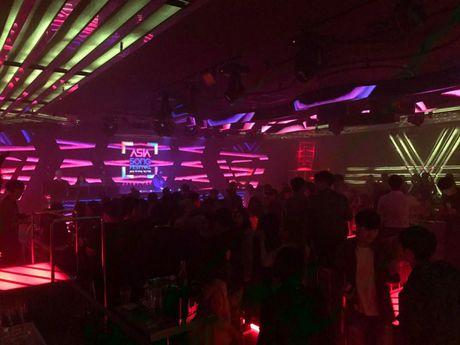 SlimV doi non la trinh dien, mo man xuat sac cho #teamVietNam truoc khi Noo den Asia Song Festival - Anh 7