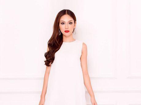 Phuong Linh tu tin len duong tham du Hoa hau Quoc te 2016 - Anh 1
