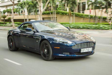 Aston Martin DB9 Volante ra bien trang tai Sai Gon - Anh 1