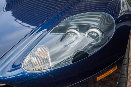 Aston Martin DB9 Volante ra bien trang tai Sai Gon - Anh 7