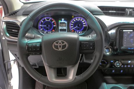 Toyota Hilux 2016 dung dong co moi tai Viet Nam - Anh 10