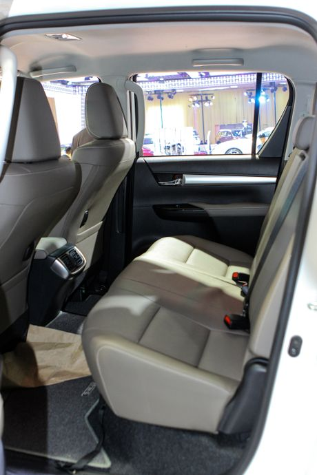 Toyota Hilux 2016 dung dong co moi tai Viet Nam - Anh 13
