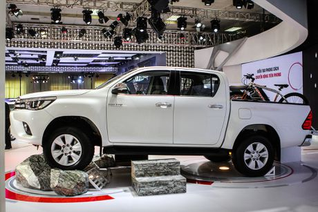 Toyota Hilux 2016 dung dong co moi tai Viet Nam - Anh 1
