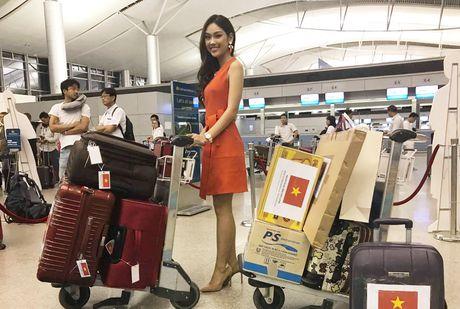 Nguyen Thi Loan, Phuong Linh len duong thi nhan sac quoc te - Anh 5