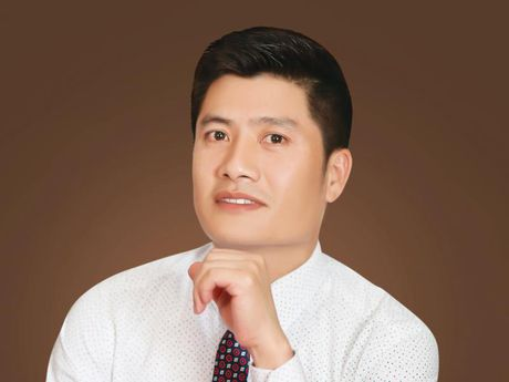 Nguyen Ngoc Lan, Chu tich HDQT CTCP Xay dung Dat Viet: Ve que - dat lanh - Anh 1