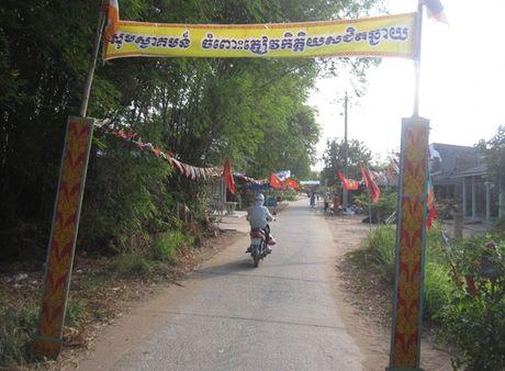 Dong bao Khmer cung chung tay gop suc xay dung que huong - Anh 1