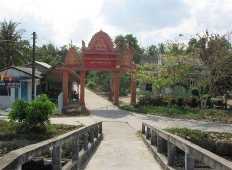 Dong bao Khmer cung chung tay gop suc xay dung que huong - Anh 2